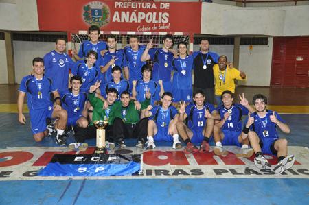 Pinheiros_Juvenil_masculino_campeo_em_Anpolis