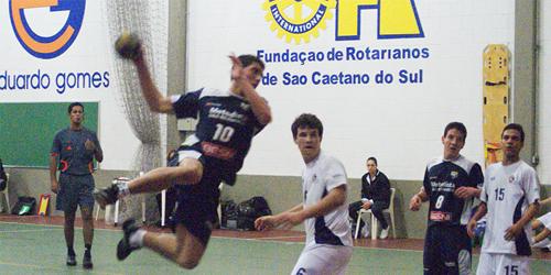 Metodista bate Eduardo Gomes novamente e enfrenta Pinheiros na final do Infantil Masculino. Crédito: Hamilton Ramos