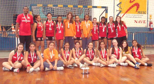 Centro Olímpico ficou com a medalha de prata no Infantil Feminino. Crédito: Divulgação