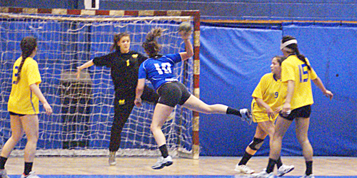 Pinheiros e Hebraica fazem o jogo 2 da semifinal do Juvenil Feminino nesta sexta. Crédito: Hamilton Ramos
