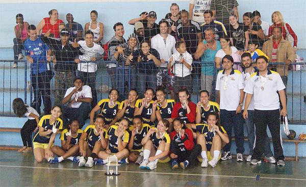 São José venceu Pinheiros no jogo 2 da decisão e se sagrou campeão do Juvenil Feminino. Crédito: Hamilton Ramos