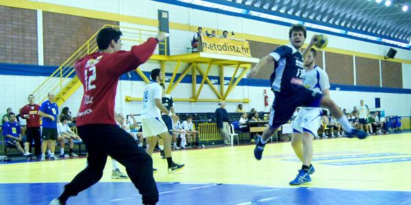 Pouco a pouco, a Metodista começou a dominar o Pinheiros no jogo 2 da final do Júnior Masculino. Crédito: Marcio Hasegava
